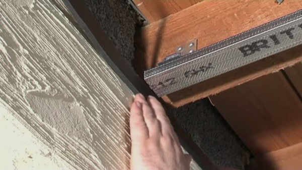 How to Soundproof a Ceiling